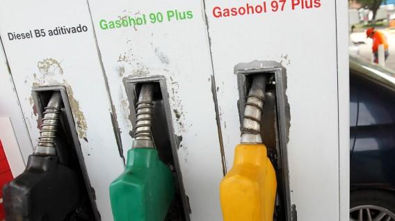 Concertación de precios de empresas de combustibles