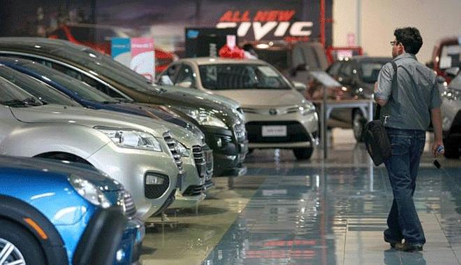 Vehículos nuevos gastan 39% más combustible de lo que dice el fabricante
