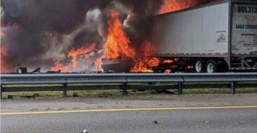 Derrame de combustible provoca incendio