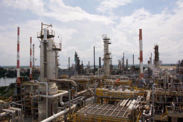 Ventas de petróleo y gas natural